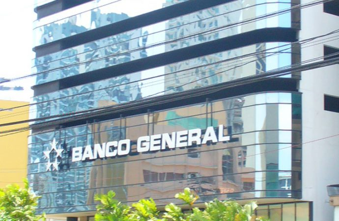Banco General implementa  nuevo servicio por WhatsApp