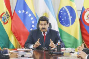 Maduro speaks to UNASUR's foreign ministers at Miraflores palace in Caracas